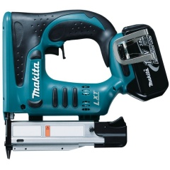 Makita Cloueur Li-Ion 18 V 3 Ah